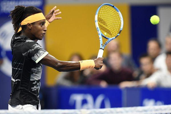En demi-finale le 28 septembre, Mikaël Ymer avait déjà battu nettement Jo-Wilfried Tsonga.