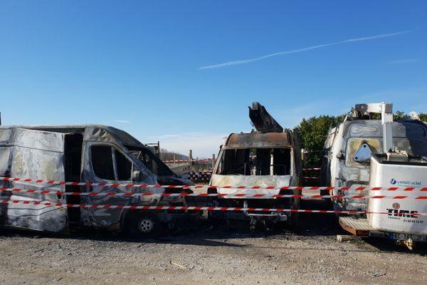 Dégâts de l'incendie criminel sur le site Constructel de Bréziers, en Isère