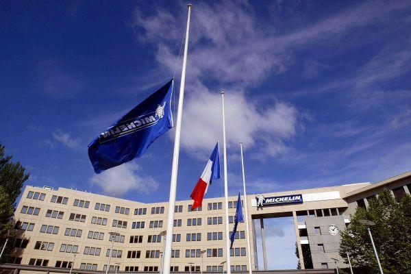 Michelin, fabricant de pneumatiques dont le siège est à Clermont-Ferrand va supprimer jusqu'à 2 300 postes en 3 ans.