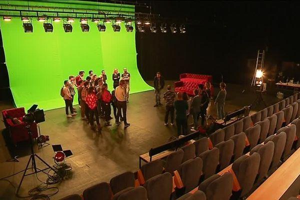 Ces vingt apprentis comédiens ont été sélectionnés au terme d'un concours qui a duré six mois.