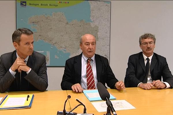 Emmanuel Couet, président de Rennes Métropole, Pierrick Massiot, président du Conseil régional et Jean-Luc Chenut, président du Conseil départemental d'Ille-et-Vilaine