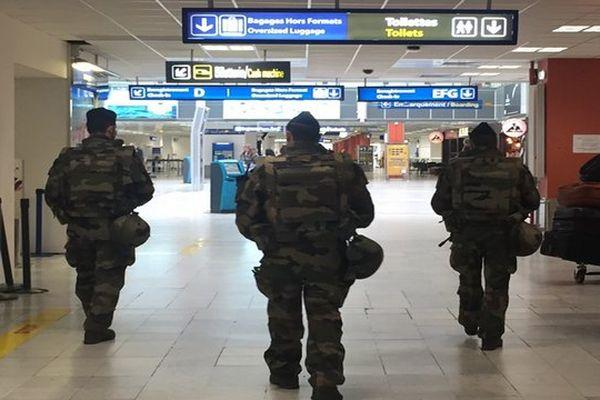 La sécurité renforcée à l'aéroport e Nice