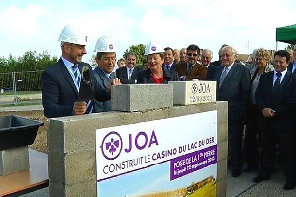 Pose de la première pierre du casino du lac du Der (Groupe JOA) - 12/09/2013