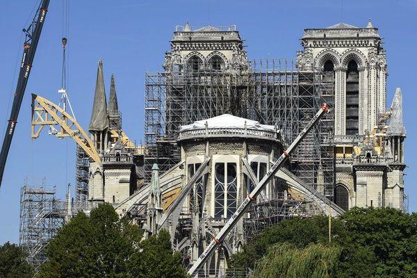 Les travaux de reconstruction de la cathédrale Notre-Dame-de-Paris devraient durer jusqu'en 2024