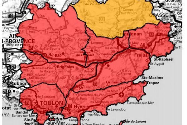 8 massifs forestiers varois sont placés en risque d'incendie très sévère pour le dimanche 1er août.