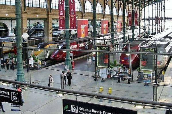 Illustration - le hall de la Gare du Nord à Paris