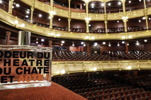 """""""Odeur du Théâtre du Châtelet"""" est le fruit d'une collaboration entre la salle et la marque japonaise Comme des garçons."""