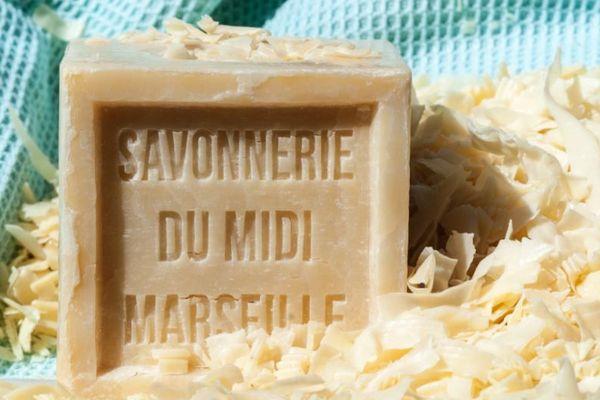 La Savonnerie du Midi produit le savon de Marseille depuis 1894 aux Aygalades à Marseille.