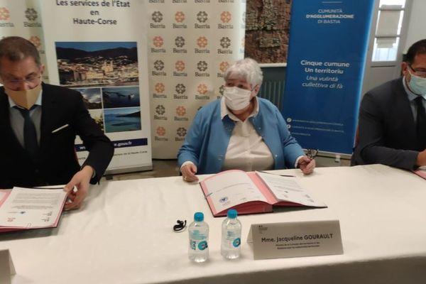 Lundi 26 avril, une convention PTIC a été signée pour Bastia et son agglomération en présence de la ministre de la Cohésion des territoires, Jacqueline Gourault.
