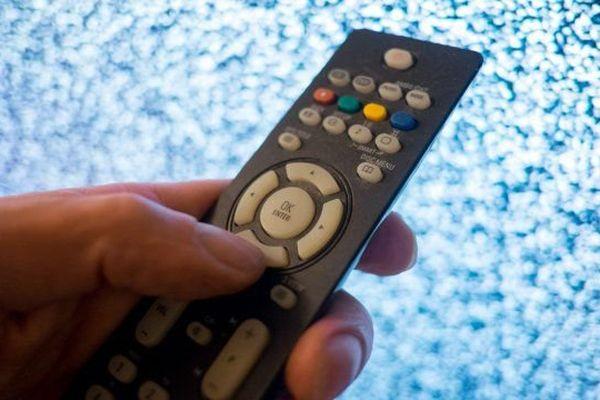 Le passage à la TNT en HD est prévu pour la nuit du 4 au 5 avril 2016.