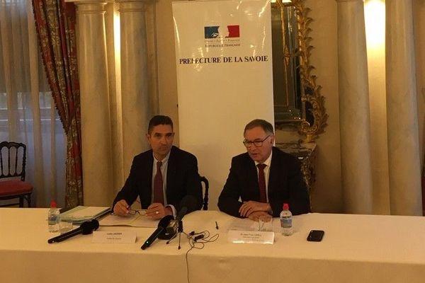 Louis Laugier (à gauche), préfet de Savoie, et Jean-Yves Grall, directeur général de l'ARS Auvergne - Rhône-Alpes.