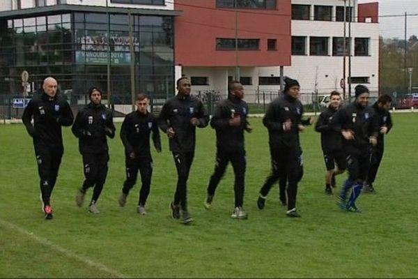 Les joueurs de l'AJA à l'entraînement samedi 4 avril 2015, à Auxerre.
