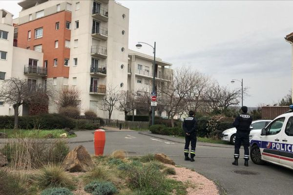 Lundi 22 février, les policiers étaient à la recherche d'un individu qui aurait tiré sur son ex-épouse à Clermont-Ferrand.