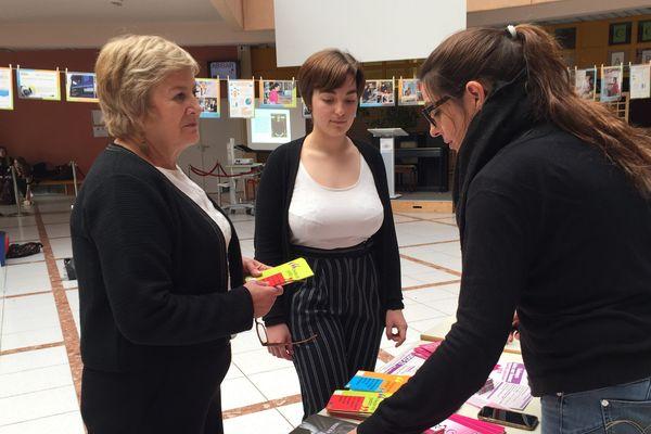 Catherine Rochi, proviseure adjointe du lycée Charles-de-Gaulle à Dijon, supervise chaque année des ateliers pour la Journée internationale des droits de la femme.