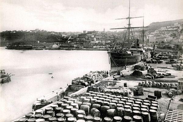 Oran, en Algérie, à l'époque où se déroule La Peste, de Camus
