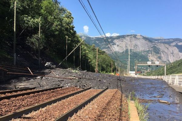 La coulée de boue du 2 juillet dernier avait fortement endommagé les voies.