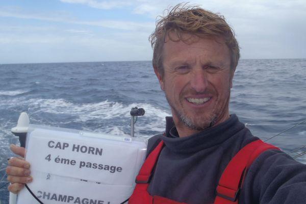 Jean-Pierre Dick a passé le Cap Horn une nouvelle fois jeudi 3 janvier