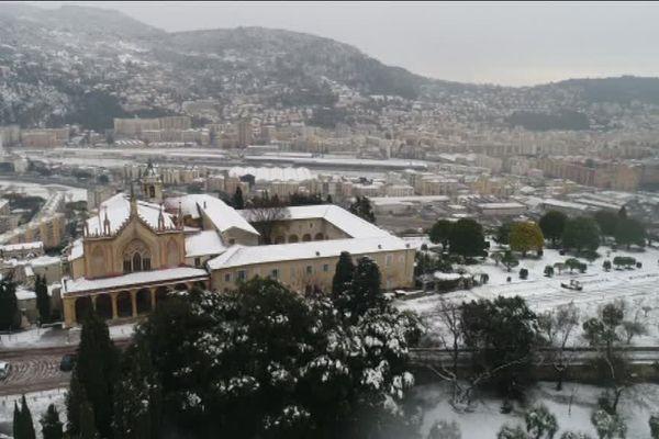 Le monastère de Cimiez sous la neige le jeudi 1er mars.