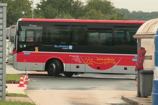 Les conducteurs de bus Transdev sont en grève depuis près d'un mois.