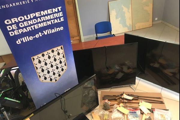 Des armes et de la drogue ont été saisis à la suite du démantèlement d'un réseau de trafic d'héroïne