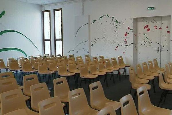 Angoulême - l'église évangélique Espoir & vie vandalisée - 11 mars 2019.