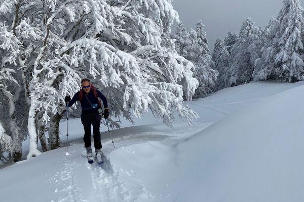 Le peloton de gendarmerie de montagne (PGM) de Murat intervient sur le massif du Lioran pour assurer la sécurité des randonneurs.