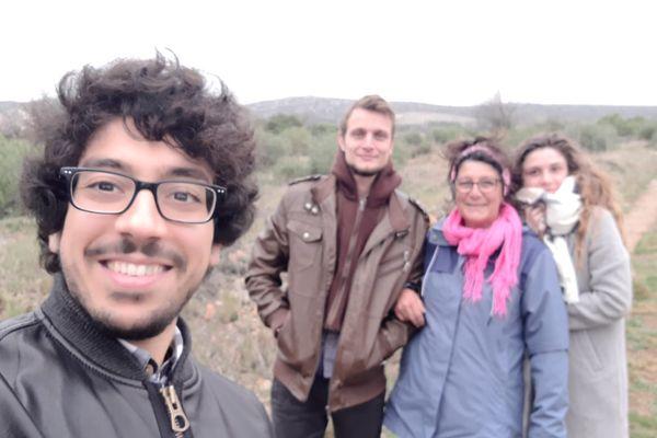 Chihab, Alexandre, Tamara et Amélia en balade à Opouls 66.