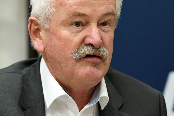 Jean Marie BERNARD Elu du Canton de Veynes et Président du département des Hautes Alpes