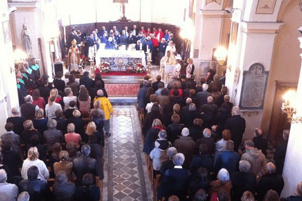 Une cérémonie religieuse a réuni les confréries corses à l'église Saint-Martin de Patrimonio.
