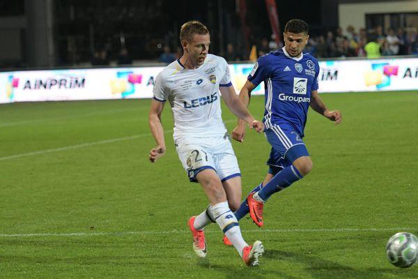 Le FC Sochaux Montbéliard s'est incliné vendredi face à Bourg-en-Bresse pour la dernière journée du championnat de Ligue 2.