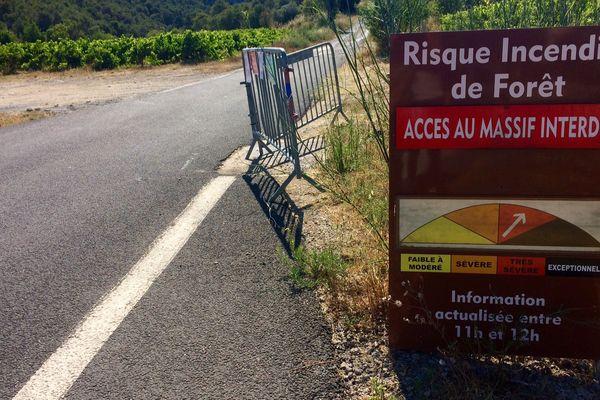 L'interdiction concerne les véhicules, les piétons et les vélos.