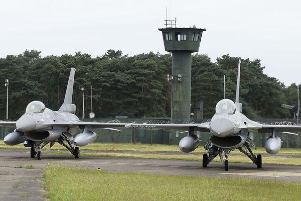 La base aérienne de Kleine-Brogel en Belgique héberge des bombes nucléaires américaines.