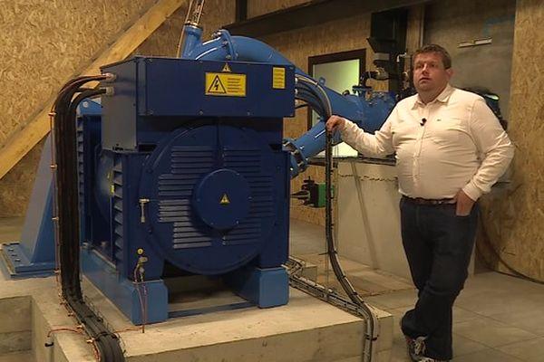 David Gener collabore avec des producteurs indépendants catalans pour  vendre leur électricité locale à travers les Pyrénées-Orientales.