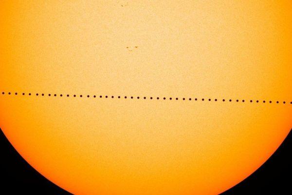 Le transit de Mercure devant le Soleil reconstitué en 2016 par la Nasa