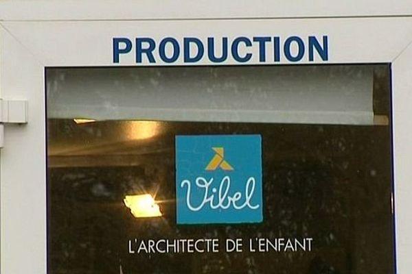 L'entreprise de meubles pour enfants Vibel est située à Bazarnes, dans l'Yonne.