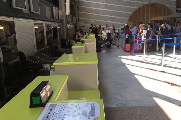 Aéroport de Montpellier, les guichets vides à cause de la grève - 2016.