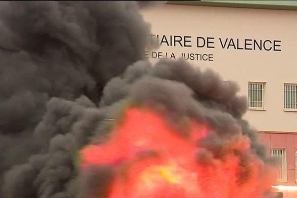 Une action ce mercredi matin (20 décembre) devant le centre pénitentiaire de Valence