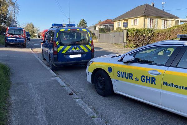 Un homme de 19 ans se serait accidentellement tué par arme à feu, rue de Belfort à Heimsbrunn, lundi 23 mars 2020.