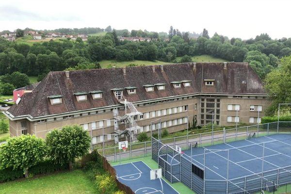 Le Lycée des métiers du bâtiment de Felletin suit une semaine de conférences sur le développement durable.