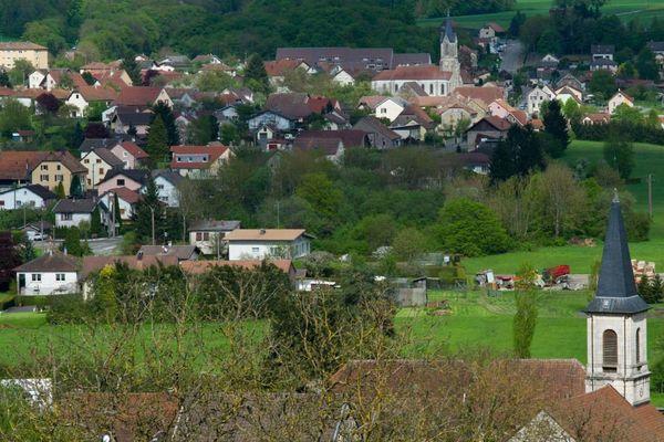 29 communes se regroupent en dix nouvelles entités en Poitou-Charentes.