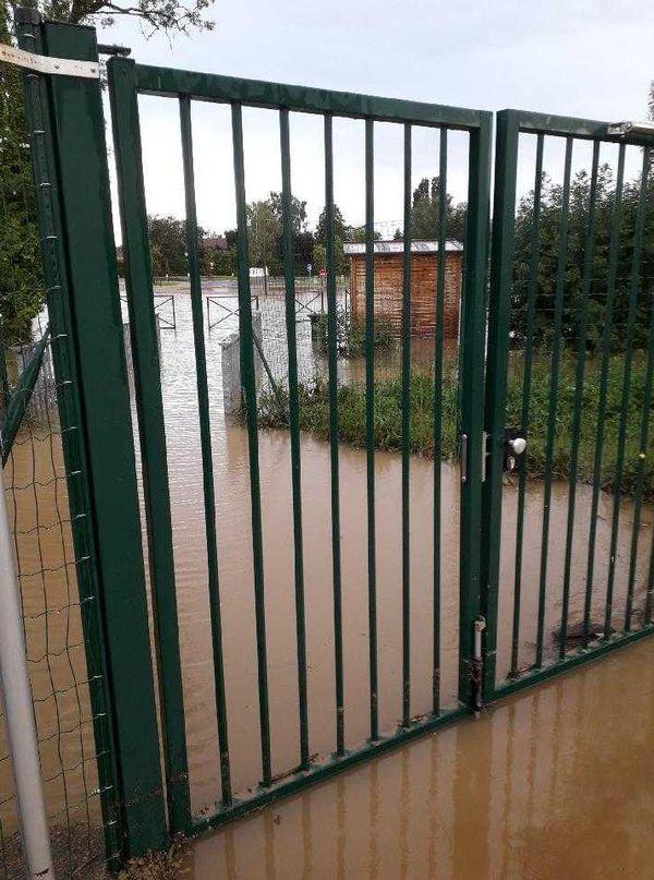 Les inondations ce matin à Mansle après les fortes pluies de la nuit dernière.