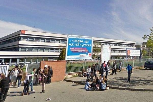 Le Lycée Polyvalent Rive Gauche à Toulouse