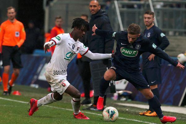 Belfort s'incline 0-3
