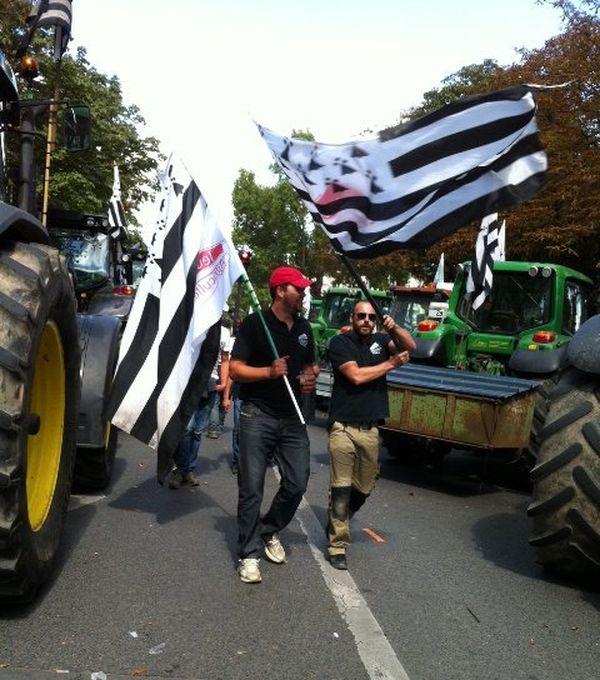 Les éleveurs bretons dans la manifestation parisienne