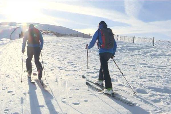 Ski de randonnée au sommet du Puigmal (Pyrénées-Orientales)
