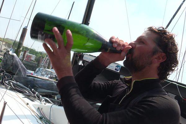 Après avoir remporté la route du Rhum, le skipper Yoann Richomme a remporté la Solitaire du Figaro en 2019.