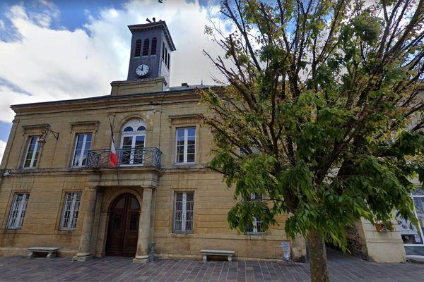 Le taux de participation au second tour à Revin atteint 43,18% des électeurs inscrits.