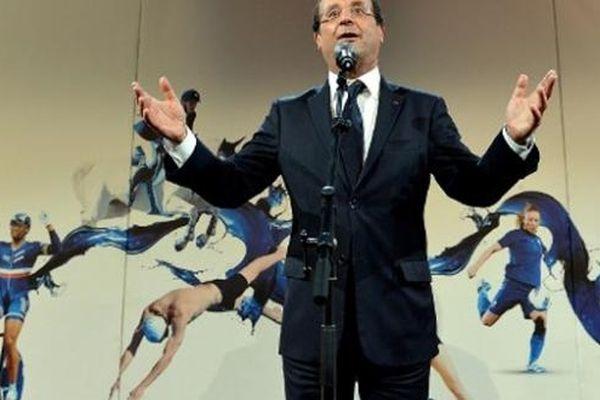 Le Président François Hollande enthousiasmé par sa visite aux JO.
