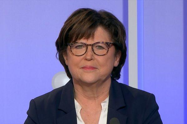 Martine Aubry arrive en tête