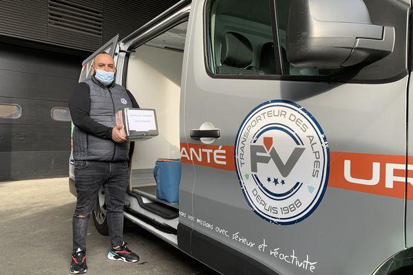 Depuis le début de l'année, 10 véhicules de santé réfrigérés ont été équipés de sondes connectées.